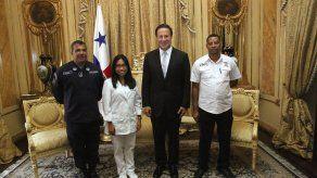 Varela oficializa designación de abanderados para Fiestas Patrias