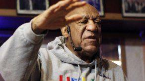 Abogados de Cosby: fiscalía retuvo