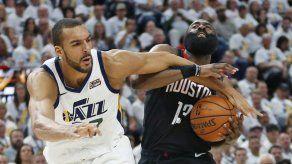 El Jazz esquiva la eliminación al ganar 107-91 a Rockets