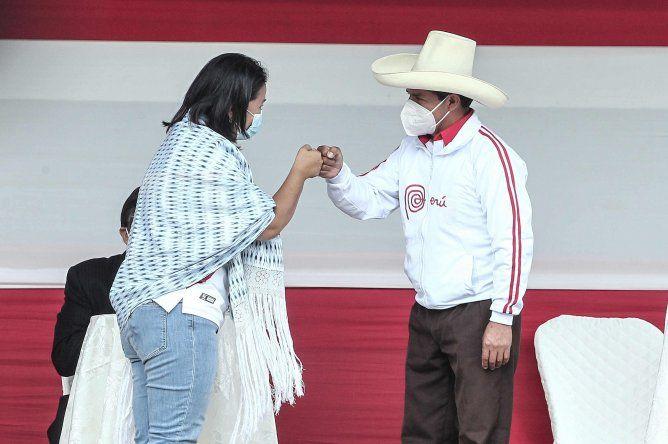 Las regiones que apoyan mayoritariamente a Pedro Castillo son el sur con 45