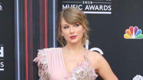 Un coche robado se estrella contra la mansión de Taylor Swift
