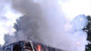 Dos autobuses incendiados en Honduras en represalia por medidas contra pandilleros