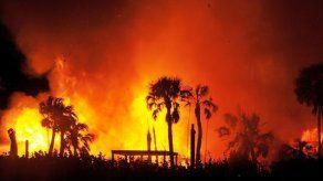 Incendio destruye mansión del fundador del diario USA Today
