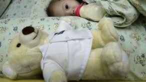 Investigan al padre que abandonó a bebé con síndrome de Down
