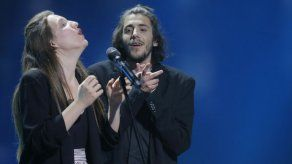 Salvador Sobral de Portugal gana el Eurovisión en Kiev