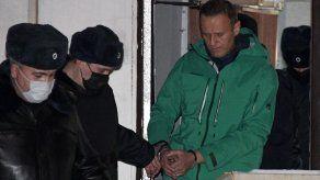 Aplazado un proceso de difamación contra el opositor ruso Navalni