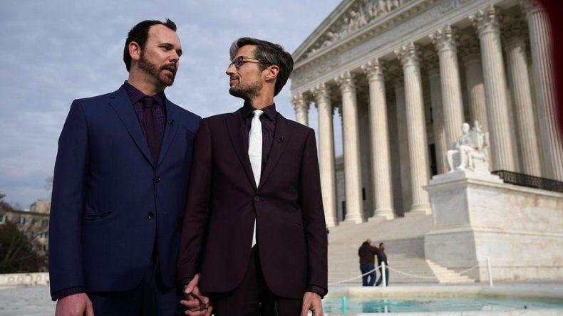 Corte Suprema de EEUU dividida en el caso del pastel de boda gay