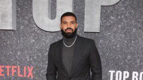 Arrestan a una mujer a las puertas de la casa de Drake