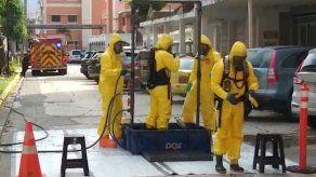 Bomberos atendieron emergencia por derrame de químico en el Hospital Santo Tomás
