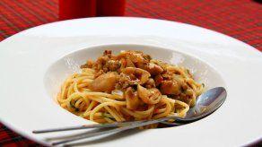 Cena fácil para preparar a último minuto: Spaghetti con crema de champiñones