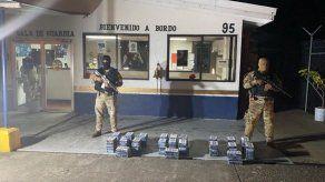 Incautan 100 paquetes de drogas en contenedor que provenía de Ecuador