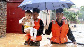 China: Inundación letal deja cientos de miles de desplazados