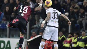 Joao Pedro honra a Kobe Bryant en empate de Cagliari