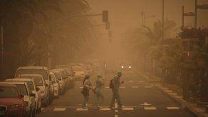 Cierran aeropuerto de Islas Canarias por tormenta