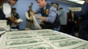 Los Tres Cerditos y Caperucita Roja usados para enviar dólares falsos a EEUU