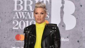 Pink también rechazó actuar en el intermedio de la Super Bowl