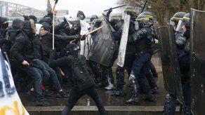 Una decena de detenidos en Francia en protestas contra la reforma laboral
