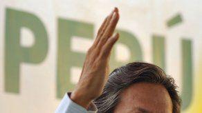 Excolaboradores de Toledo expresan indignación por acusaciones de coima
