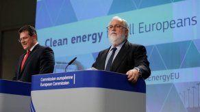 La Comisión Europea lanza su hoja de ruta eléctrica para cumplir con París