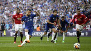 Penal de Hazard brinda la Copa FA a Chelsea ante Man United
