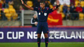 Preseleccionan a árbitro panameño John Pittí para Rusia 2018