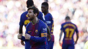 Barcelona despacha al Athletic con goles de Alcácer y Messi