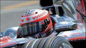 McLaren dominó los segundos ensayos libres en Silverstone