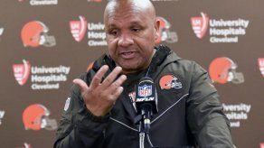 Browns despiden finalmente al técnico Hue Jackson (3-36-1)