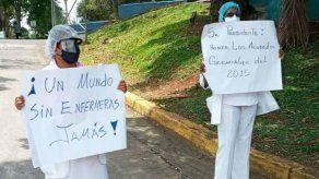 Las enfermeras exigen a las autoridades el cumplimiento de los acuerdos, así como también que los contratos de trabajos que están próximos a vencer .