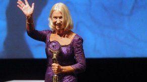 Helen Mirren vuelve a cautivar en el Festival de Karlovy Vary