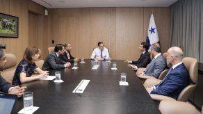 Grupo naviero español interesado en invertir en el sector marítimo de Panamá