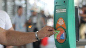 La tecnología de SONDA hace posible que miles de usuarios se movilicen utilizando la tarjeta de transporte en MiBus, y laslíneas 1 y 2 de Metro de Panamá, así como el acceso a los servicios de la Gran Terminal de Transporte de Albrook.