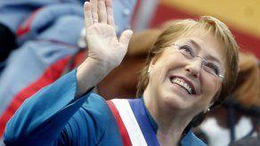 Bachelet insta a la oposición a sumarse al proceso constituyente