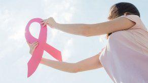 ¿Cuáles son las causas que producen el cáncer de mama?