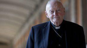 Vaticano expulsa a ex cardenal McCarrick por abuso sexual