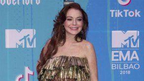 Lindsay Lohan aprueba el remake de Chicas Malas de Ariana Grande en su videoclip
