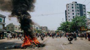 Emisaria de la ONU advierte del riesgo sin precedentes de una guerra civil en Birmania