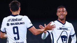 Pumas vence a Santos y corta mala racha en México; Gaby Torres fue titular