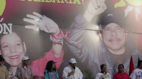 Ortega buscará reelección en Nicaragua con su esposa como compañera de fórmula