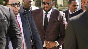 Juez de R.Kelly ordena abogados no hablen de nueva evidencia