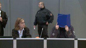 Se inicia en Alemania el juicio a enfermero acusado de matar a 100 pacientes