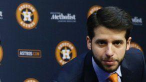Astros despiden a ejecutivo por incidente con reporteras