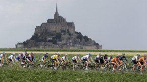Incendio en Notre Dame revela amor de Francia a monumentos