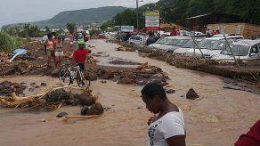 La devastada isla de Dominica se prepara para la llegada de Grace