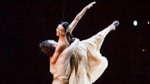 La premiada bailarina Elisa Carrillo