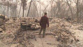La búsqueda incansable de un hermano desaparecido en el fuego de California