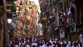 Corredores veteranos critican falta de emoción en San Fermín