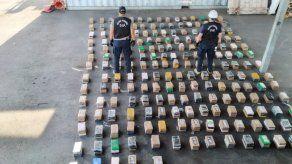 Decomisan media tonelada de cocaína en carga de bananos con destino Croacia