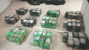 Ubican 400 paquetes de presunta droga dentro de un contenedor en Colón