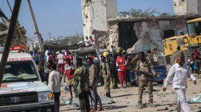 Al Shabab se atribuye el atentado que causó más de 90 muertos en Somalia